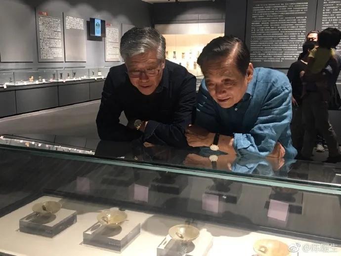 """2017年5月17日,韓美林先生到訪常州油燈博物館,他説""""萬萬沒有想到""""。"""