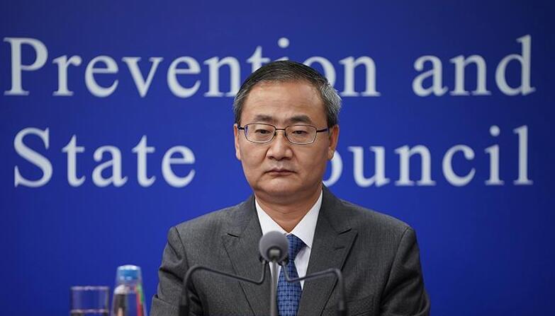 基层医生代表吴浩:近400万基层医务人员在抗击疫情期间乘风破