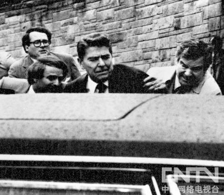 1981年,里根遇刺照片