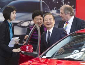 Grande-Bretagne : poursuite de la visite de de Wen Jiabao