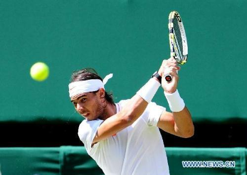Nadal was joined in the third round by British hope Andy Murray, who defeated Jarkko Nieminen of Finland 6-3, 6-4, 6-2.