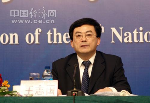 At a press conference held Saturday on the sidelines of the ongoing NPC session, the Vice Minister of Railways, Wang Zhiguo said China has currently more than 6500 kilometers of operational high speed railways.