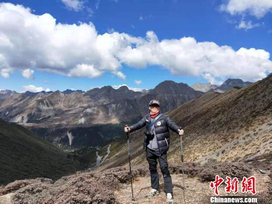 成都摄影师的追山之旅6年拍下200多座高海拔雪山