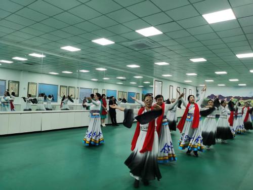 内蒙古临潢家园社区多民族的大家庭