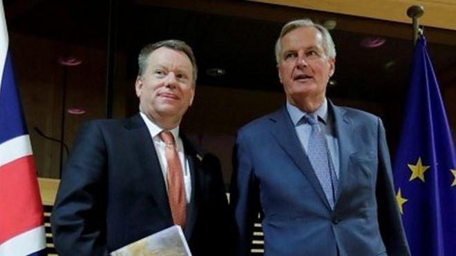 """英国与欧盟同意基于共同利益达成""""微型""""贸易协议"""