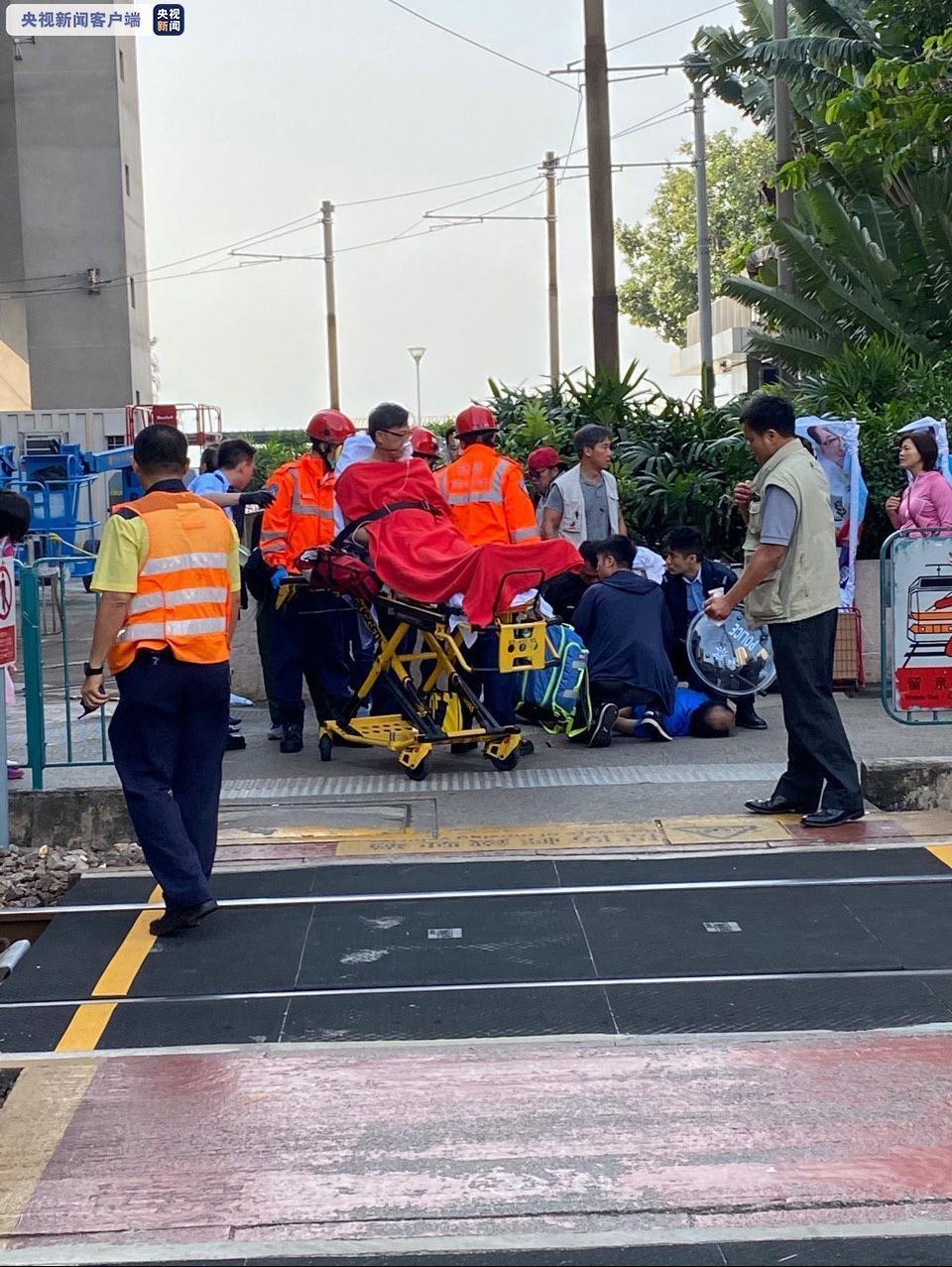 香港立法会议员何君尧遇袭受伤,警方拘捕一涉案者,特区政府对袭击行为表示强烈谴责(图1)