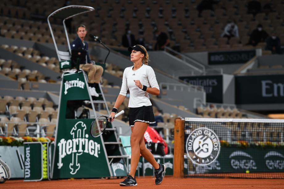 法网-梅拉德诺维奇遭误判大崩盘 澳网冠军杀入次轮