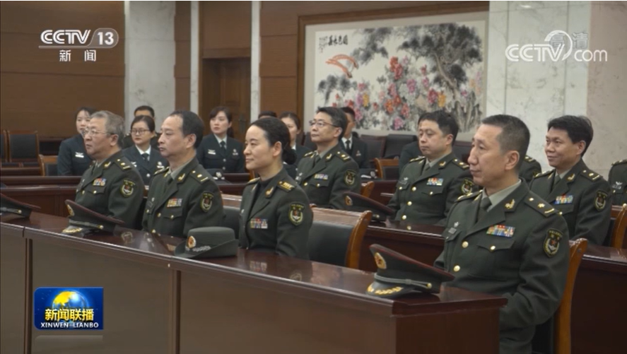 投身新时代强军事业 做党和人民信赖的英雄军队——习近平主席新年贺词在全军部队引起强烈反响