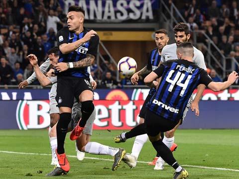 [意甲]第33轮:国际米兰1-1罗马 比赛集锦