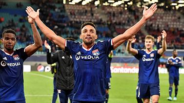 [图]欧冠-德佩再破门里昂2-0客胜莱比锡