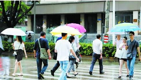 昨日下午降雨,天气凉爽。