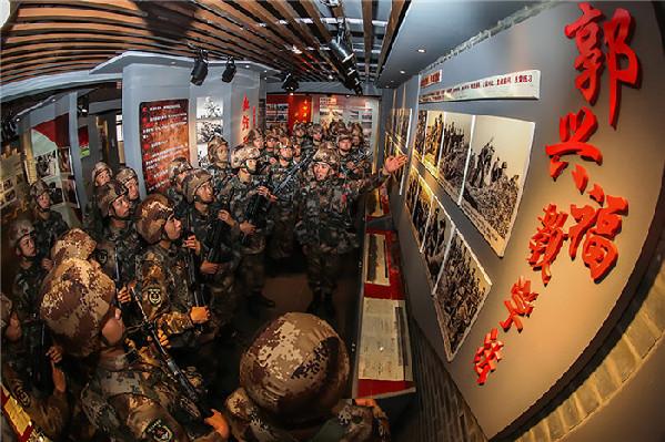 """第72集团军某旅装步二连传承""""郭兴福教学法""""记事"""