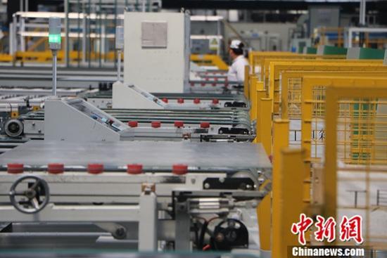 资料图:工业生产线。中新社记者 赵强 摄
