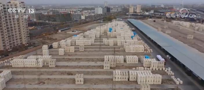 新疆棉花外运进入高峰期 全力保障市场供给