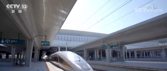 太子城高铁站客运枢纽正式启用 共设地下两层 为乘客提供极大的换乘便利