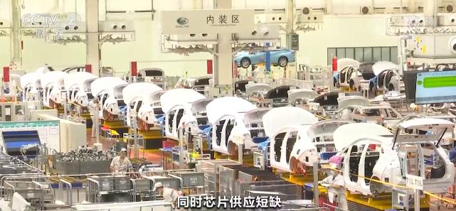 商务部:上半年我国汽车零售额达到2.2万亿 今年汽车销售有望实现正增长
